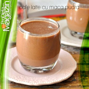 Maca pudra in cafe latte